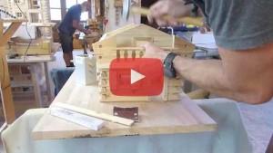 Vogelhaus bauen Balkon Montage