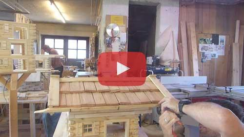 Vogelhaus selber bauen Dachrinne bauen und montieren