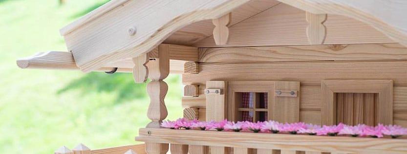 Was muss ein Vogelhaus haben?