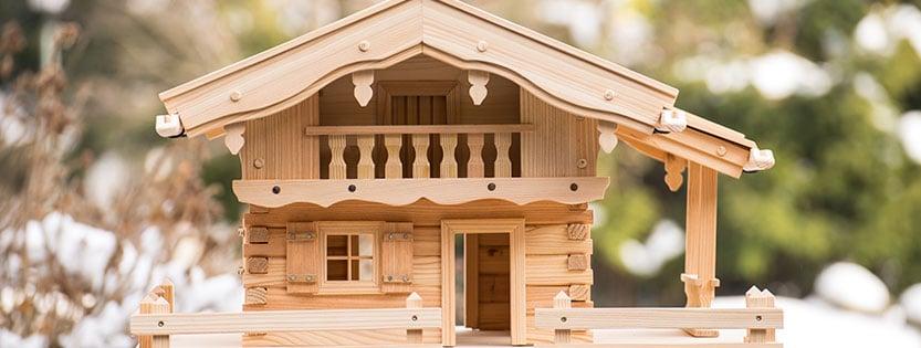 Wie groß soll ein Vogelhaus sein?