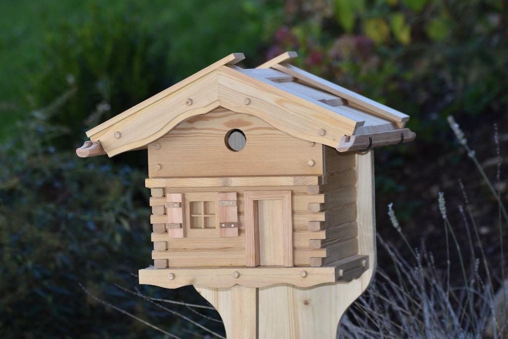 Vogelfutterhaus Vogelhäuschen Vogelhaus Vögel Nisthaus Nisthöhle Nistplatz